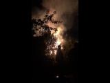 Пожар в посёлке Бабино 2 , причина возгорания неизвестна , пожарные примчали через 40 а то и час по...